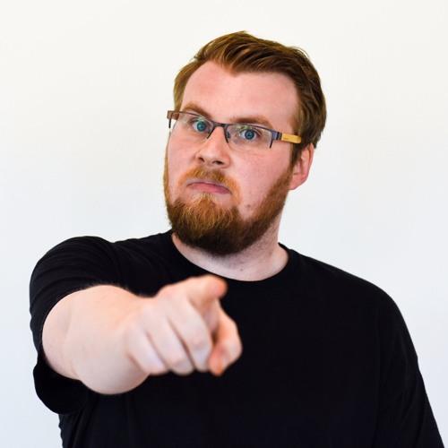 Pontus Nilsson älskar att prata om spelpoddar i en spelpodd.
